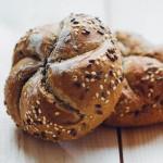 chlieb a pecivo kalorie
