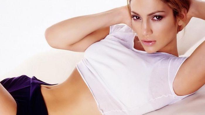 Speváčka Jennifer-Lopez   wsllpaper.com