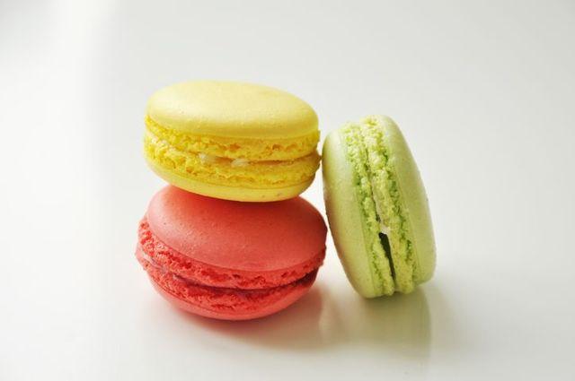 sladkosti makronky, makaronky